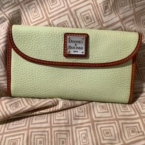 Dooney clutch wallet